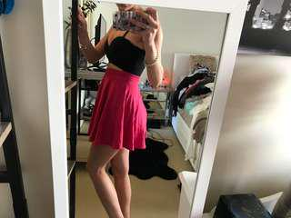 Mooloola dress pink and black