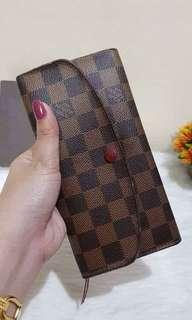 Louis Vuitton Emelie wallet