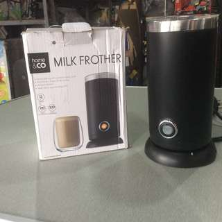 Home and Co. Milk Frother