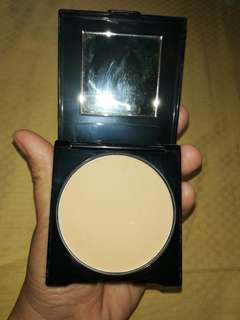 Avon oil control pressed powder ORIENTAL