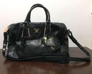 Salad Black Leather Bag 黑色真皮袋