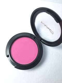 MAC POWDER BLUSH IN LET'S BE FRIENDS (FLAMINGO PARK COLLECTION)