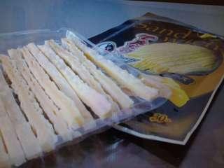 Taro sandwich cheese 6 packs only S$10.00