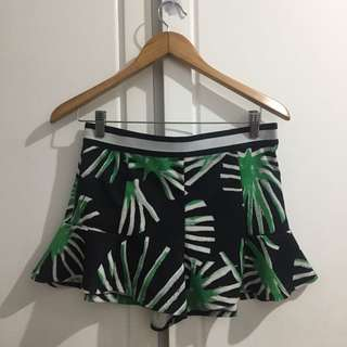 Zara floral frilled shorts