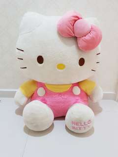 Hello Kitty (quick sale)