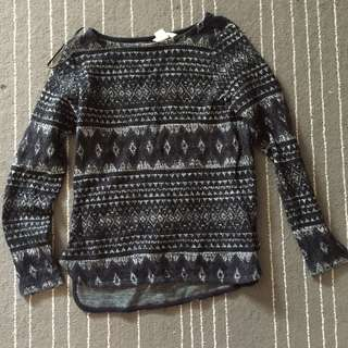 H&M Knitted Printed Tops
