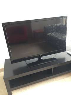 42 inch TV LG Model 42LV3300-TG / Serial 110INAR9R248