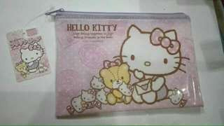 Hello Kitty Zipper Bag