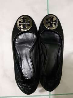 Preloved Tory burch doll shoes silver logo