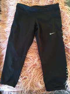 Nike 3/4 Tights Size S