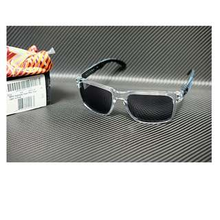 Original kacamata Oakley Holbrook Clear Max Fear light edition lensa grey