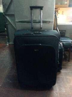 Polo 4轆行李喼H31xW20xD10 吋