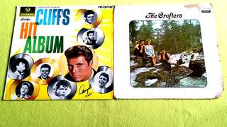 CLIFF RICHARD . cliff's hit album ● THE CROFTERS . the crofters ( buy 1 get 1 free )  Vinyl record