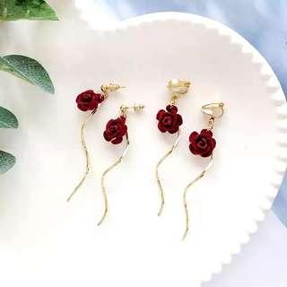 現貨氣質立體酒紅色玫瑰花朵長耳環/可免費改耳夾