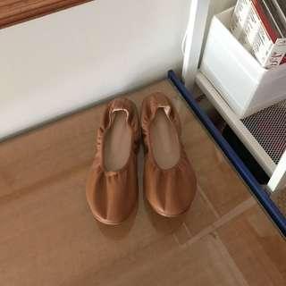 正韓 鬆緊芭蕾平底鞋(駝)
