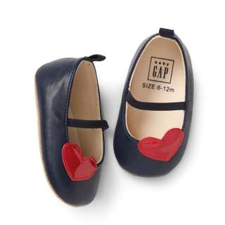🚚 BabyGAP Shoes Heart Patch Mary Janes