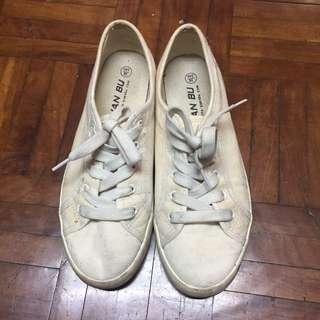 🚚 髒髒小白鞋百搭