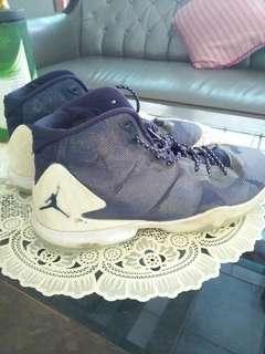 Sepatu Basket Jordan