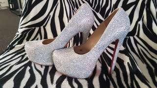 Louboutin like heels