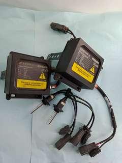 🚚 。二手品。飛利浦Philips放電式頭燈。汽車H. I. D氣體放電式頭燈。適用全車種。