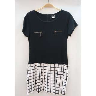 PRELOVED - Dress Black Kotak2 White