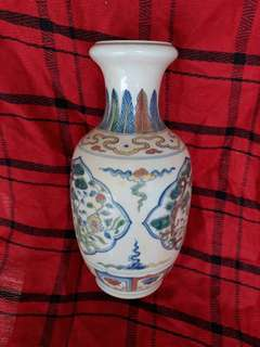 Ming dynasty Douchai bright color hand painted vase 26cm high. Genuine authetic antique.