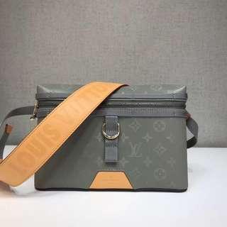 New!! LV Messenger Bag