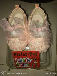 Pitter pat crib shoes