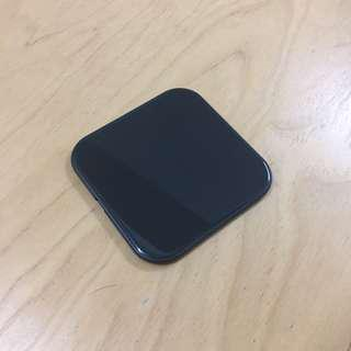 Wireless Charger - space gray Square