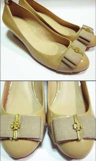🚚 Tory Burch 楔型鞋 (僅一雙,尺寸6.5 C,約9成新)