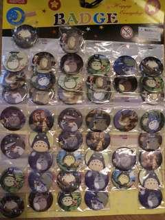 5 Totoro badges