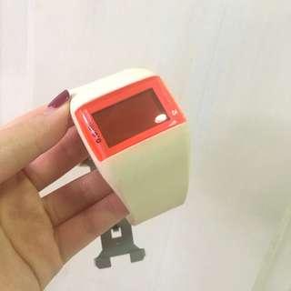 Jam tangan lucu pink digital