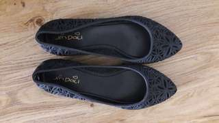 Jelly flat shoes in black
