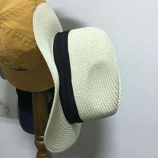 🚚 草編帽