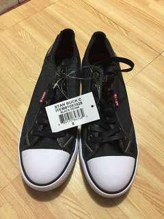 Levi's men's sneakers US 8