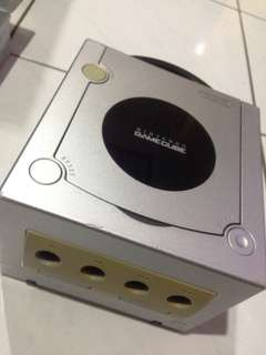 Gamecube console for parts