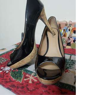 Black Peep Toe Pumps Sz8
