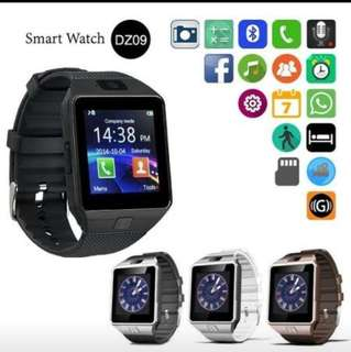 SMART WATCH PHONE OPEN LİNE  With WhatsApp and facebook最後一隻黑色$60就得