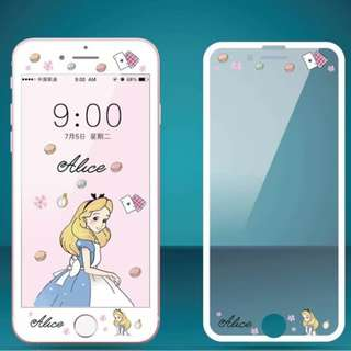 IPhone6/7/8/plus(沒有X) : 愛麗絲縷空浮雕隱形鋼化前膜