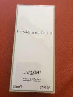 🚚 perfume