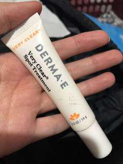 DERMA-E VERY CLEAR SPOT TREATMENT obat jerawat