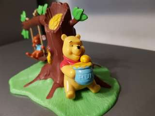 Winnie The Pooh and Roo Figure