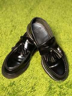 🚚 Dr.Martens - 流蘇英倫鞋