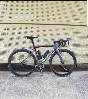 Dogma F8 (authentic) eveything in except wheelset