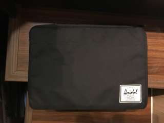 Herschel 15' laptop case