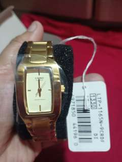 Casio Watch Gold Analog