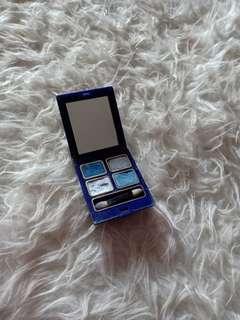 Eyeshadow inez warna biru 06 alaska