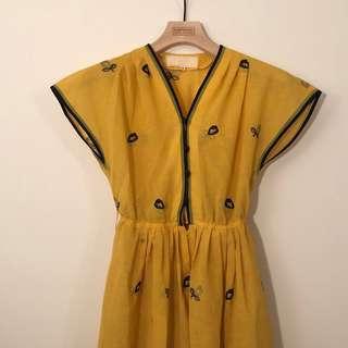 🚚 黃洋裝