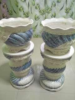 Decorative vase stand