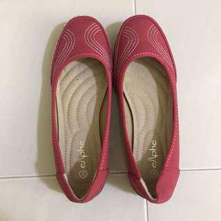 Elphe Red Flat Shoes